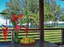 Hanalei Moon Beach Cottage - Hanalei Bay is just across the grass. See the water from your couch.