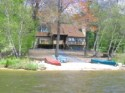 Lakefront Getaway - Sandy Beach with 2 Kayaks and Canoe!!!