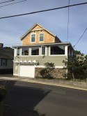 Beach Bliss - AS CLOSE TO DOWNTOWN/CONVENTION CENTER AS YOU CAN GET - Beautiful craftsman coast styling
